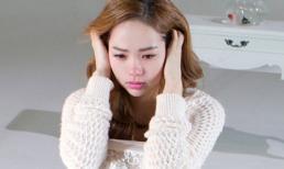 Minh Hằng khóc vật vã vì mất 'người yêu'