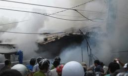 Phú Yên: Cháy chợ, hai gian hàng bị thiêu rụi