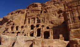 Petra - thành phố từng bị lãng quên của Jordan