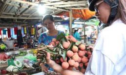 Vải thiều 20.000 đồng/kg bán chạy tại Sài Gòn