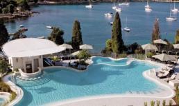 Những khách sạn có 'view' tuyệt đẹp khiến du khách mê mẩn
