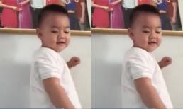 Con trai Lê Phương hát cực yêu