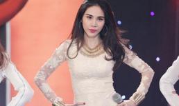 Thủy Tiên diện quần siêu ngắn, nhảy 'cực sung' trên sân khấu