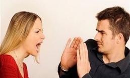 'Nổi cơn tam bành' khi chồng 'cho con' đồng nghiệp