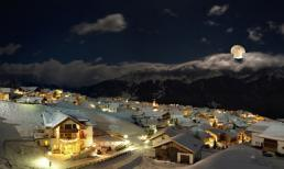 Top 10 thị trấn phủ tuyết đẹp nhất trên thế giới