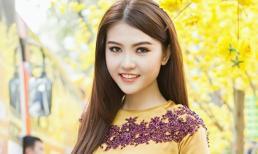 Người mẫu 9X Ngọc Duyên khoe sắc đón Xuân