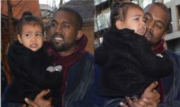 Con gái Kim Kardashian mặt nhăn nhó khi đến khu vui chơi