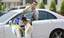 Vũ Tuấn Việt lái xế sang đi mua sắm