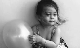 Con gái Đoan Trang ngộ nghĩnh cùng những trái bóng bay