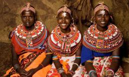 Kỳ lạ bộ tộc thiếu nữ có thể ngủ thoải mái với đàn ông