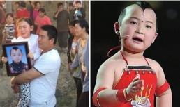Dòng người nghẹn ngào tiễn đưa sao nhí 8 tuổi Trung Quốc