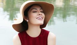 Dương Cẩm Lynh yêu kiều với váy đỏ
