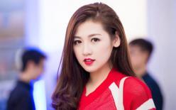 Á hậu Dương Tú Anh trẻ trung trang phục thể thao dự sự kiện