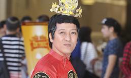 Trường Giang mặc hoàng bào đi 'nhận chức' mới