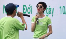 Siêu mẫu Xuân Lan hát, diễn catwalk phục vụ bệnh nhân nghèo