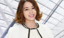 Lee Min Jung thanh lịch với 'cây trắng'