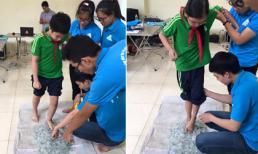 Hình ảnh học sinh đi chân trần qua thảm thủy tinh khiến dân mạng phẫn nộ