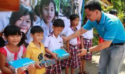 Nahi Việt Nam trao học bổng vững bước đến trường