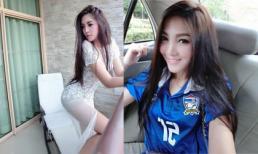 Hình ảnh đời thường của nữ CĐV Thái Lan xinh đẹp khiến fans Việt 'sôi sục'