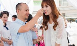Hari Won, Tiến Đạt tình cảm đút cho nhau ăn tại sự kiện