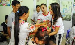 Công ty Tâm Hiếu sẻ chia nỗi đau với các em nhỏ tại Viện Tim Hà Nội