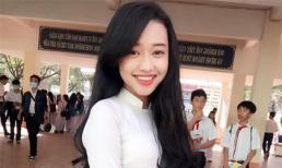 'Hot girl cơ hội' Thúy Vi dịu dàng trong tà áo dài trắng