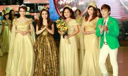 Thời trang Sensorial tỏa sáng rực rỡ trong đêm Gala dạ vũ Doanh nhân 2015