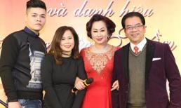 Diễn viên Trần Nhượng bất ngờ được mừng sinh nhật và đón nhận danh hiệu Nghệ Sỹ Nhân Dân