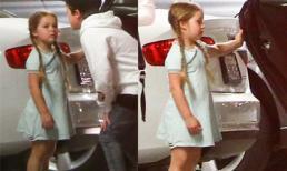 Harper Beckham tết tóc, mặc váy dễ thương thể dục cùng bố mẹ
