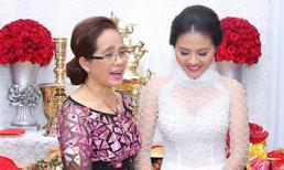 Bà bầu Vân Trang thành thật xin lỗi mẹ vì dám cãi lời
