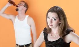 Hành động của vợ khiến tôi chừa hẳn thói nhậu nhẹt