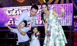 Ông xã 'tháp tùng' Ốc Thanh Vân và 2 con đi xem phim