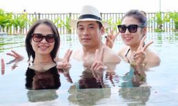 Á hậu Tú Anh 'xì tin' tắm bể bơi chung cùng bố mẹ