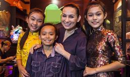 Phi Nhung chính thức nhận 'cậu bé hát đám cưới' làm con nuôi