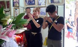 Dàn sao Việt thành kính đi giỗ tổ NSND Phùng Há