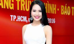 Hoa hậu Dương Kim Ánh diện váy trắng nhẹ nhàng, thanh lịch đi sự kiện