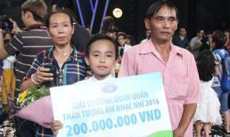 Khoảnh khắc đăng quang quán quân Vietnam Idol Kids 2016 khó quên của Hồ Văn Cường