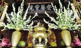 Lý do hoa huệ được mọi nhà cắm trên bàn thờ trong lễ cúng Vu Lan?
