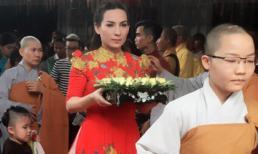 Phi Nhung tổ chức chương trình văn nghệ mừng Đại lễ Vu lan