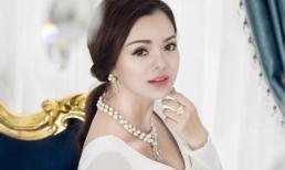 Diện trang sức tiền tỷ, Á hậu Ruby Anh Phạm đẹp tựa tranh vẽ