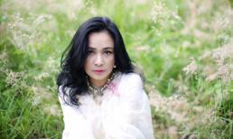 Diva Thanh Lam trầm tư giữa thiên nhiên
