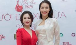 Hoa hậu Thanh Thúy đọ sắc với Hoa khôi Lan Khuê trên thảm đỏ