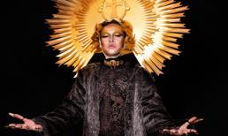 Lý Trường Giới hoá thân thành 'Thần Mặt Trời' quyền lực