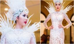 Ngọc Quyên diện váy xuyên thấu, catwalk hoành tráng tại Mỹ