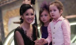 Cặp sinh đôi nhà Hồng Nhung đáng yêu đi sự kiện cùng mẹ