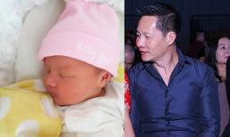 Phan Như Thảo khoe ảnh con gái giống chồng như đúc