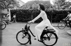 Đón năm mới lại nhớ tà áo dài xưa của thiếu nữ Sài thành