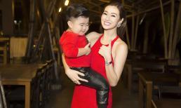 Khánh My diện váy xẻ vạt đỏ rực hội ngộ bé Ku Tin