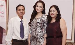Hoa hậu Diễm Hương nhận sai, đã giảng hòa với bố mẹ?