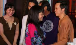 Danh hài Hoài Linh giản dị với áo bà ba hội ngộ danh ca Hương Lan